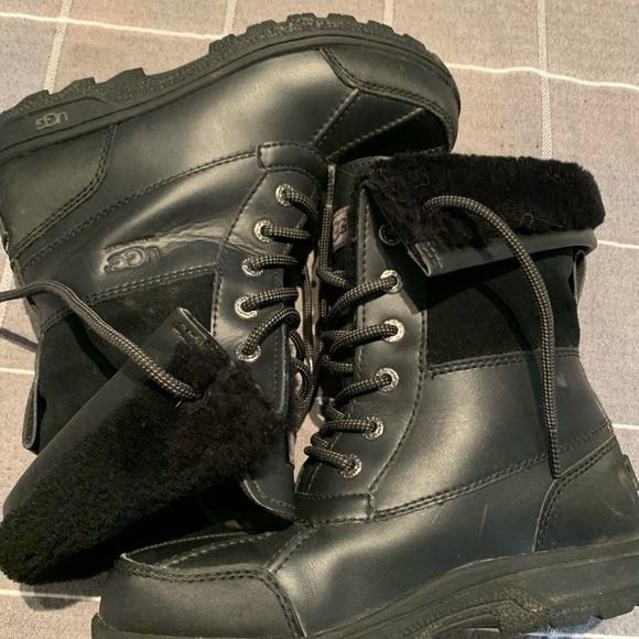 UGG Other - EUC Kids Ugg Butte black boots